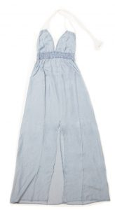 MAXI - This denim maxi is a must-have for this season. Both sexy and comfortable, this dress will keep you cute and cool